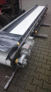 Antistatic belt conveyor